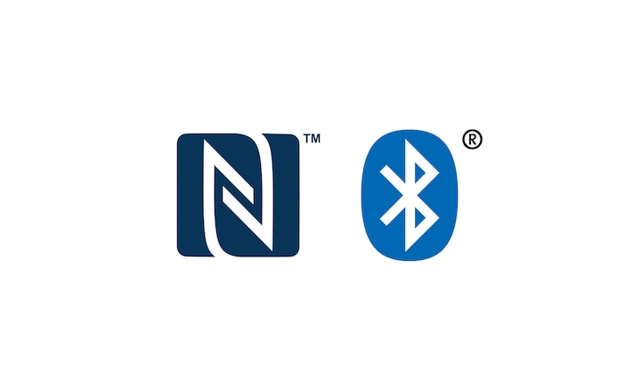 Logo NFC™ i Bluetooth®