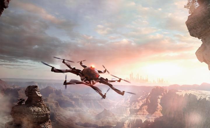 Фотография дрона над горами с большей глубиной и лучшими текстурами.